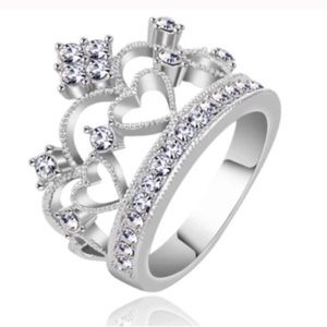 NWT Size 11 Silver Princess Crown Heart Ring